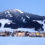 Śnieg, narty i wiener schnitzel