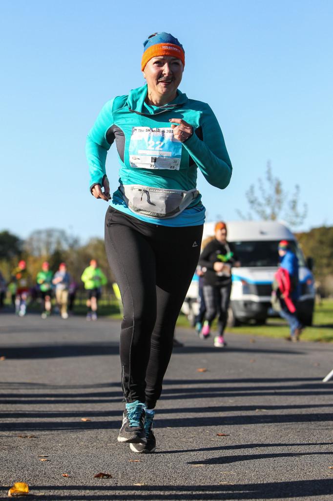 """TriBabcia nr 1 podczas charytatywnego  biegu na 5 km  """"Movember Run"""""""